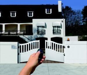 professionnels de l 39 installation motorisation portail. Black Bedroom Furniture Sets. Home Design Ideas